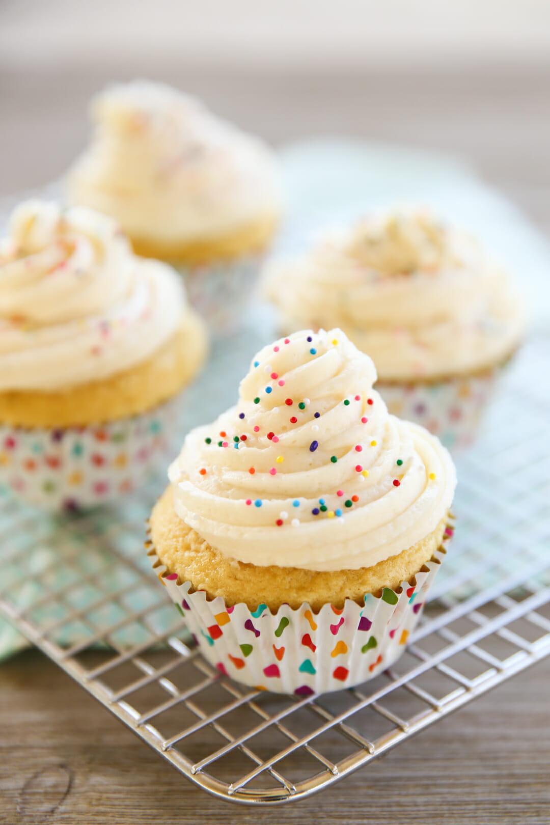 amazing vanilla frosting