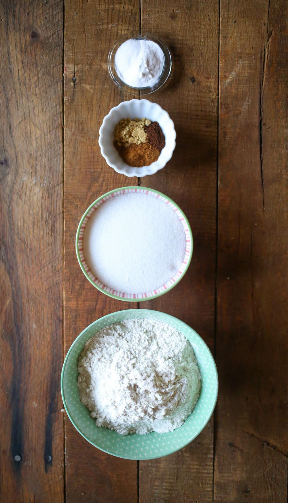 ginger spice cookies dry ingredients