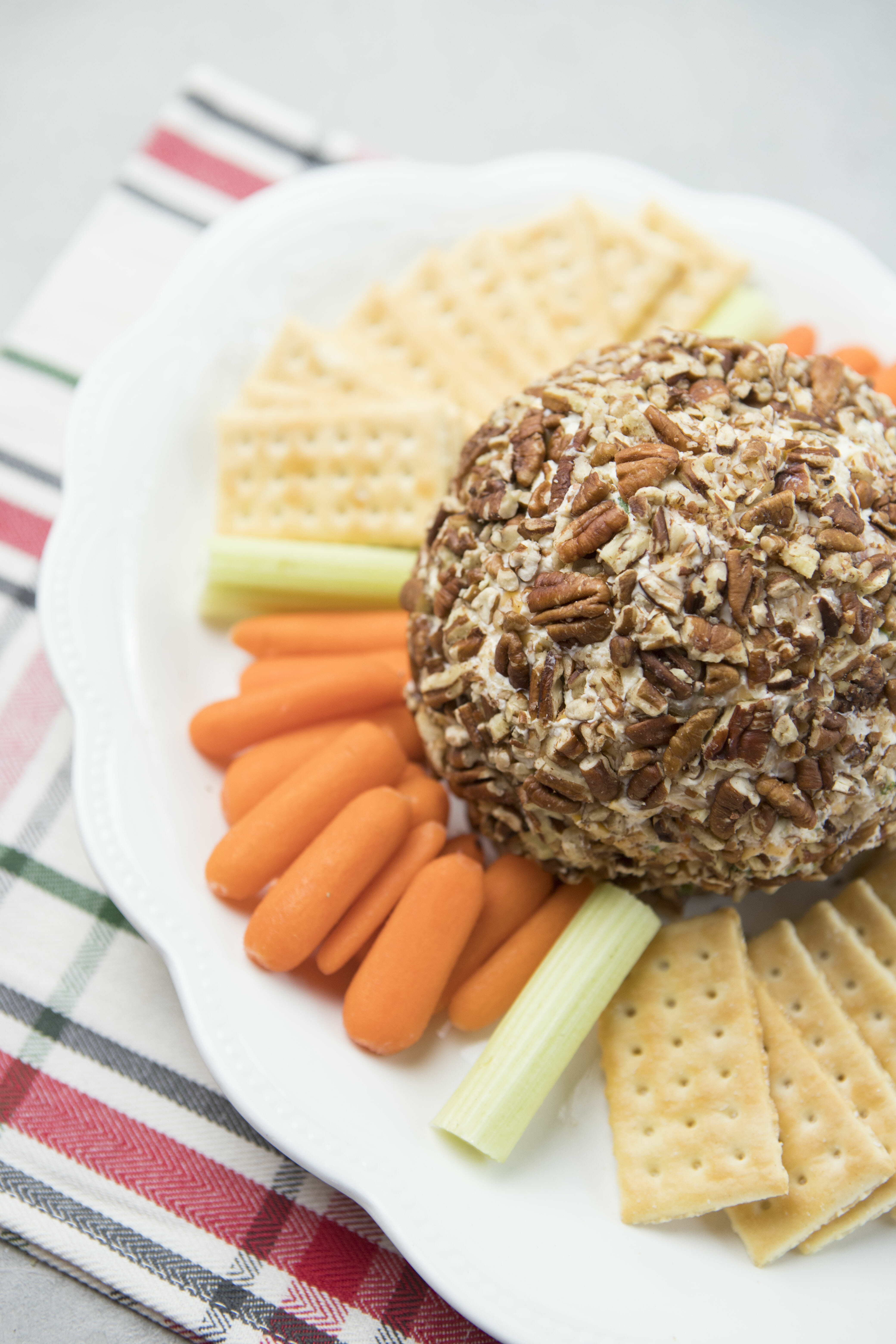 Perfect Cheeseball from Our Best Bites