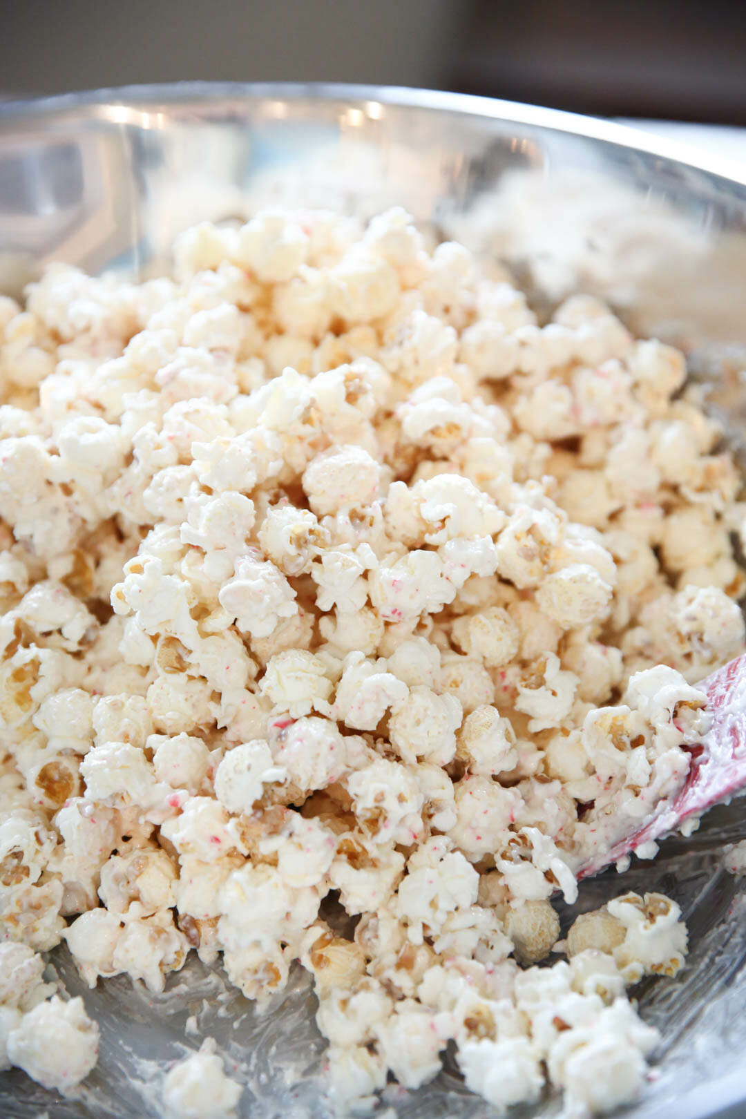 Best Holiday Treats Peppermint Bark Popcorn