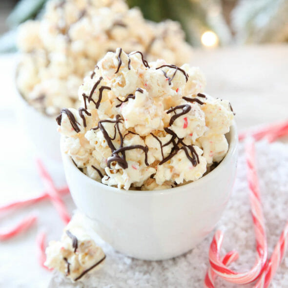 Best Holiday Treats Peppermint Bark Popcorn