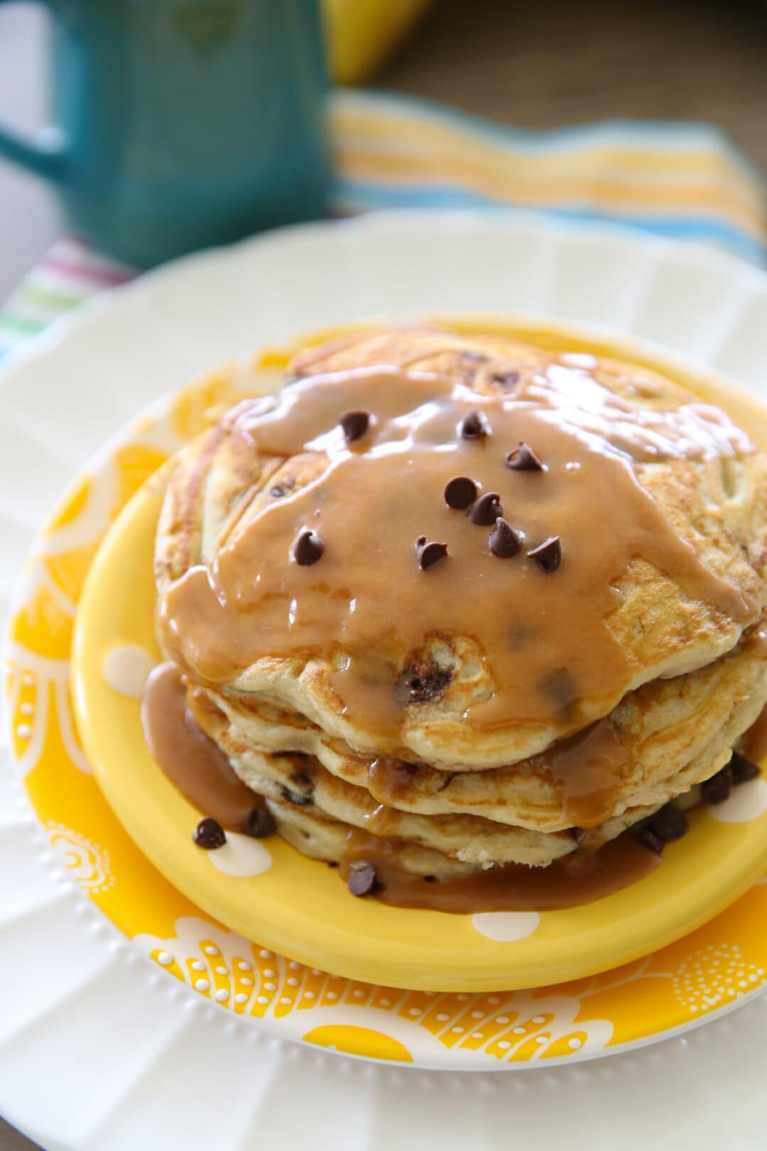 fluffy buttermilk banana pancakes