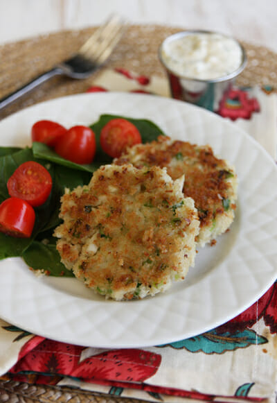 crab cakes and serve with remoulade yields 4 servings of 2 crab cakes ...