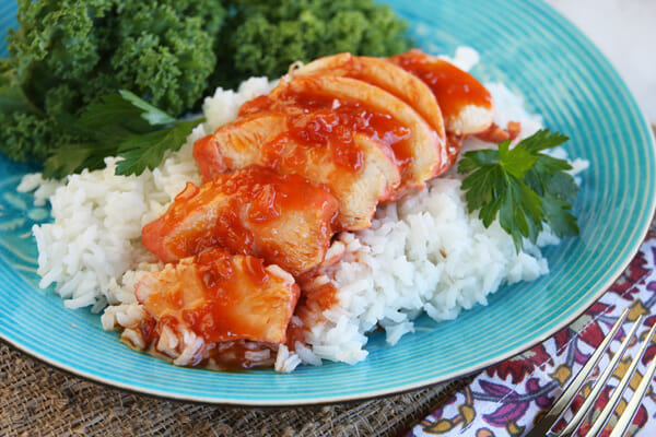 Easy Sweet and Sour Catalina Chicken_served
