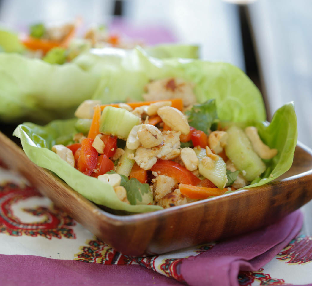 Spicy Turkey Lettuce Wraps