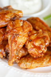 The secret to Crispy Glazed Chicken Wings in the Oven sm