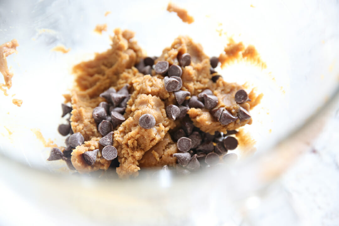 Chocolate Chips in peanut butter dough