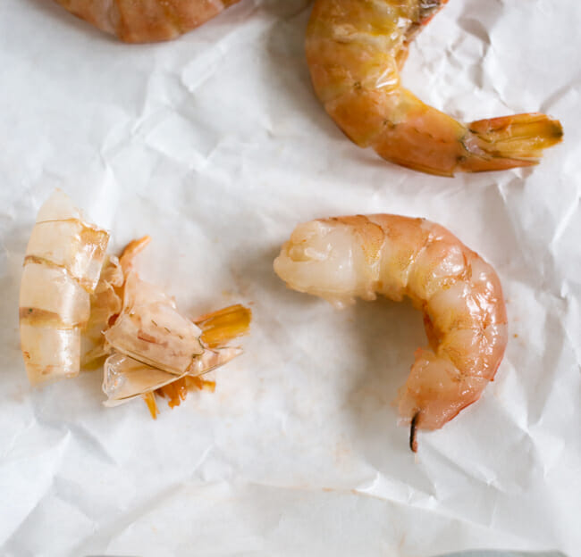 how to devein shrimp-3