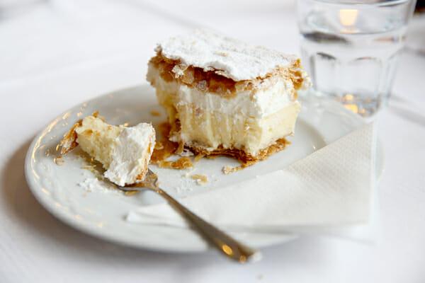 Bled_Italian Creme Cake