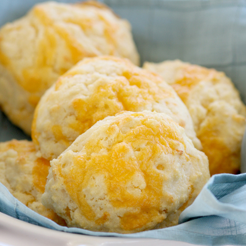 Quick and Easy Cheddar Cornmeal Biscuits