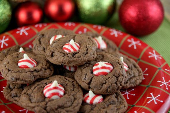 Candycane-Kiss-Cookies