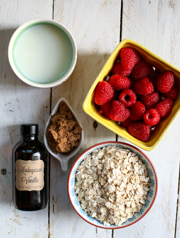 Overnight Refrigerator Oatmeal With Berries Recipes — Dishmaps