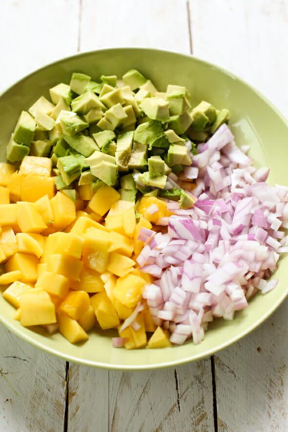 avacado mango salad-2