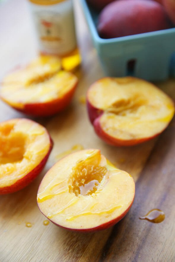 Peaches with Olive Oil