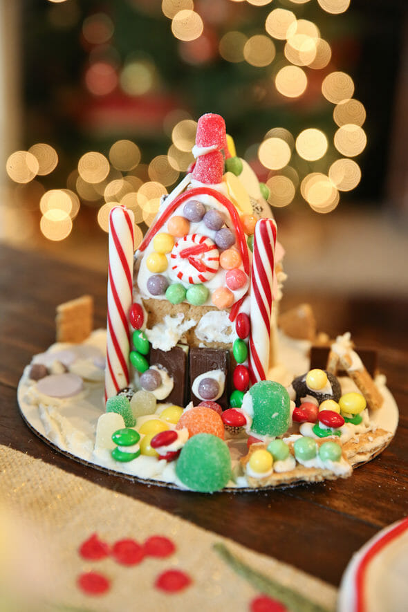 Easy Graham Cracker Gingerbread Houses