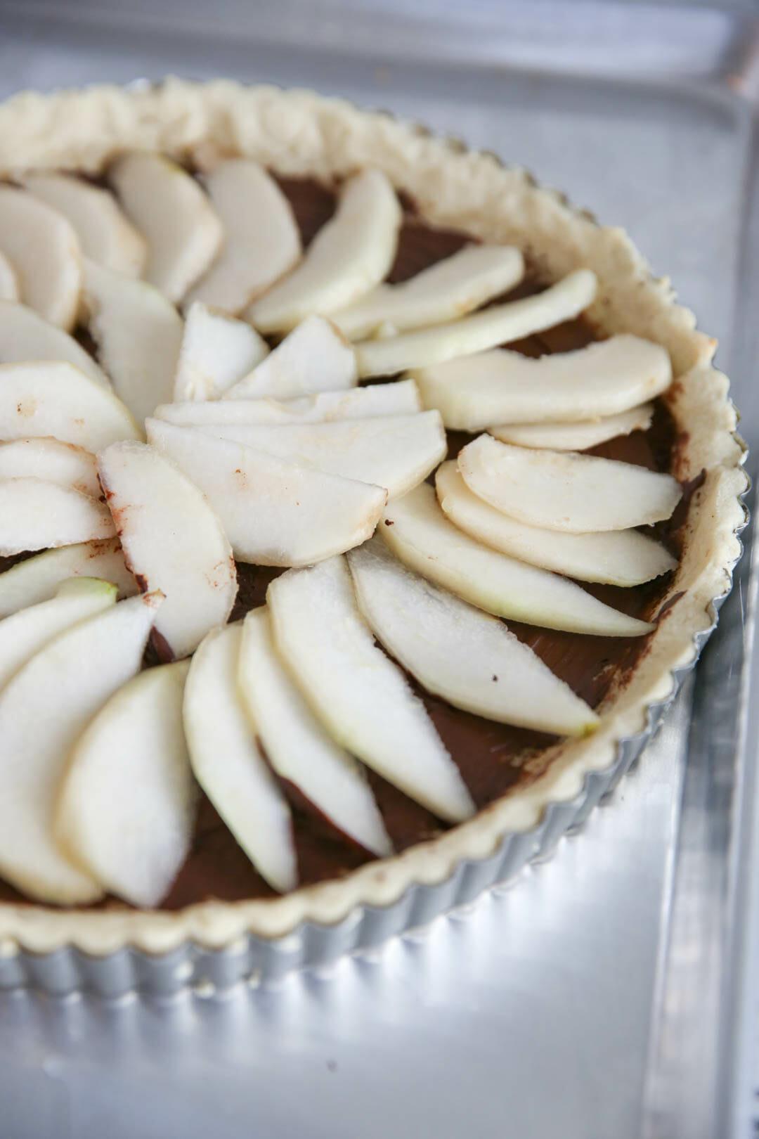 The best Holiday Dessert Recipes: Chocolate Pear Tart