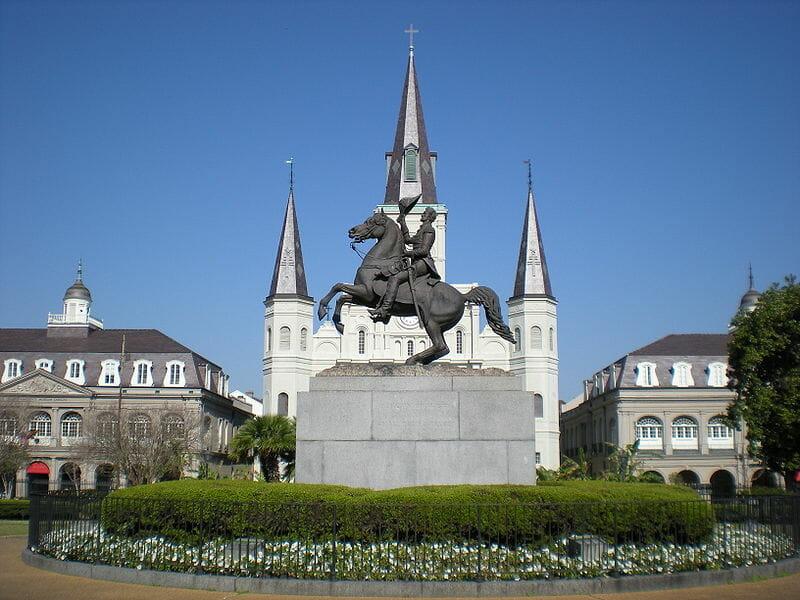 800px-Jackson_Square_New_Orleans