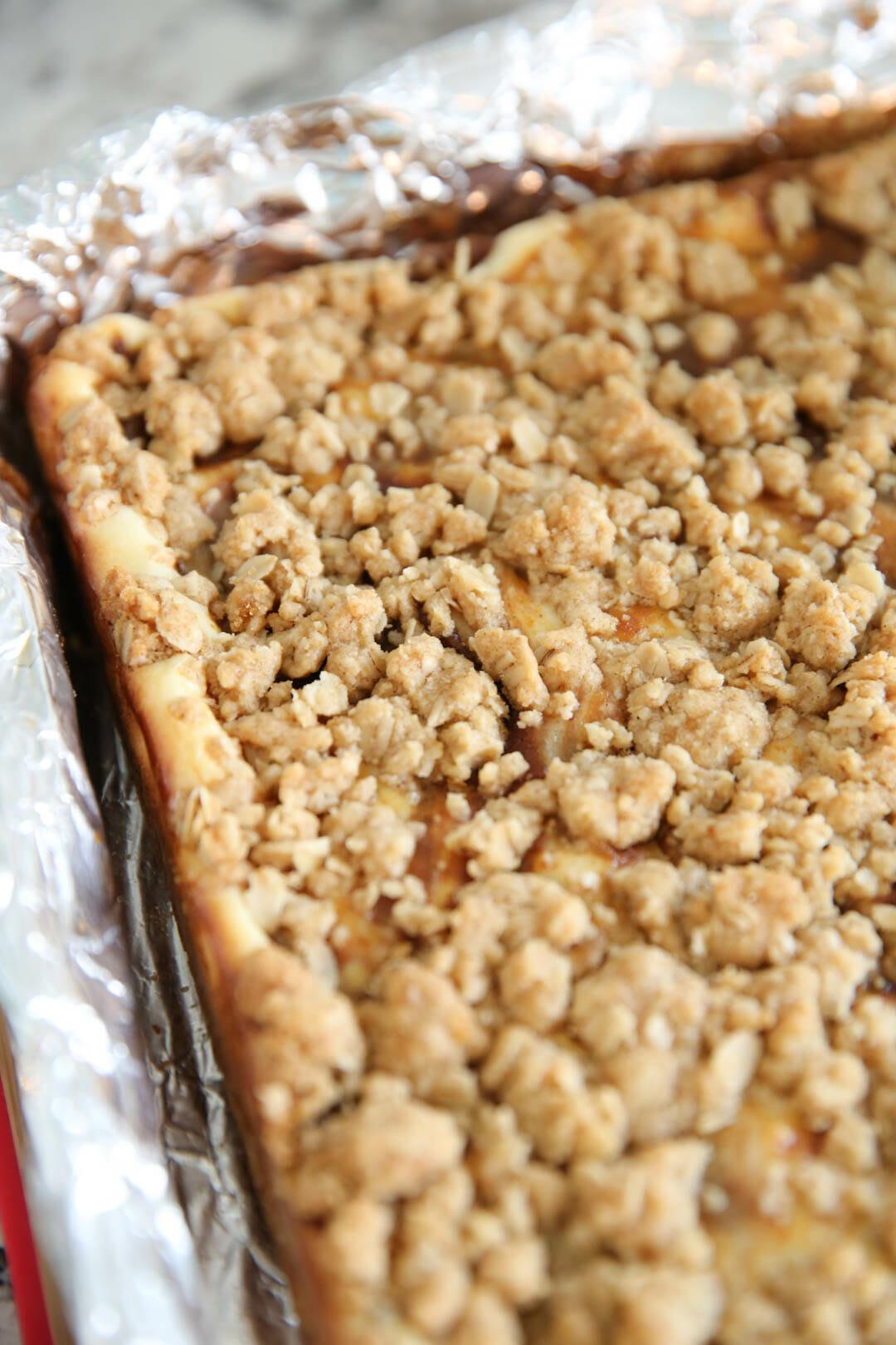Fall Pumpkin Dessert: Pumpkin Cheesecake Oatmeal Cookie Bars