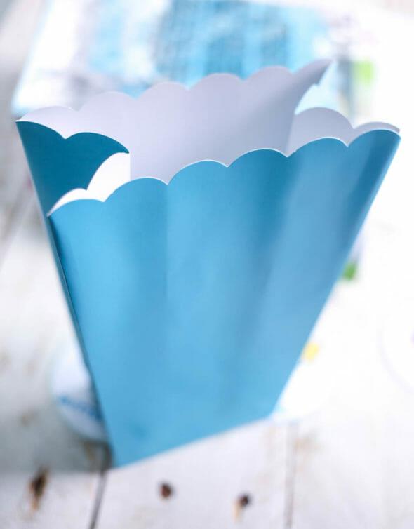 folded popcorn box