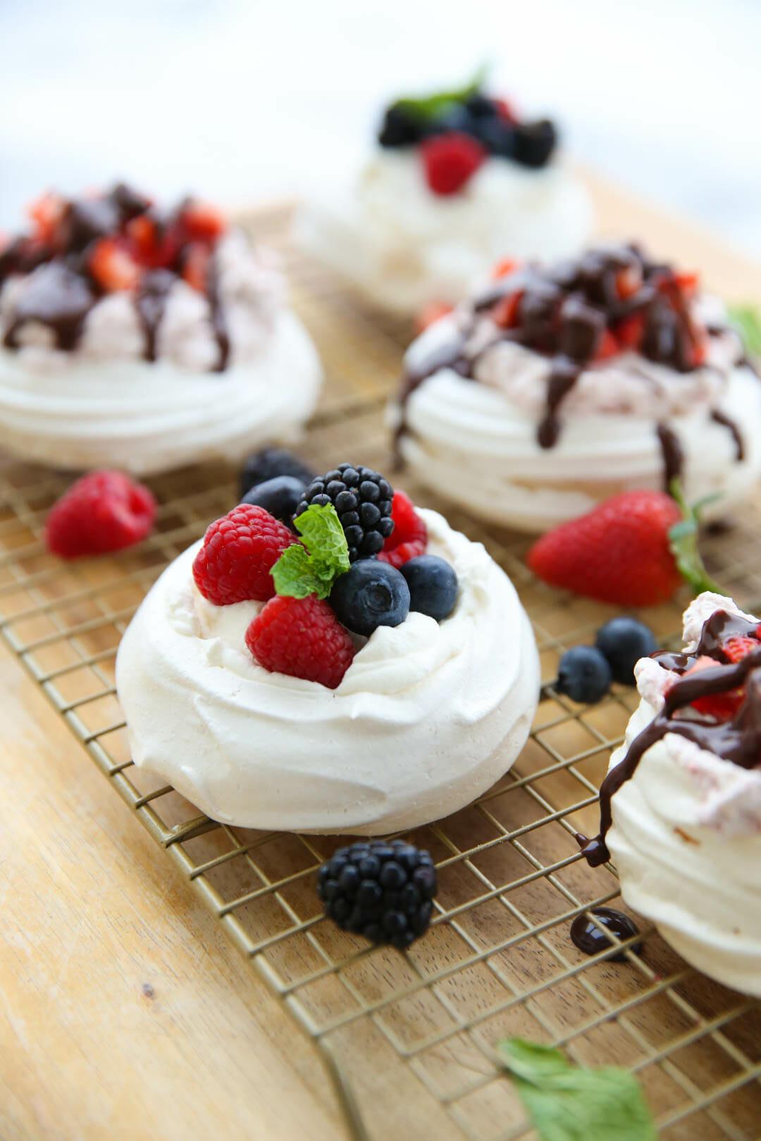Easy Pavlova Recipe with Berries and Cream