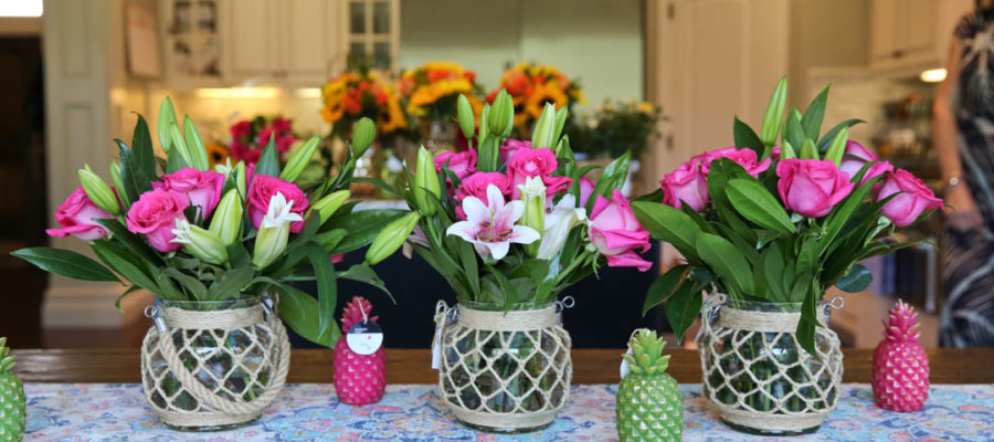 Trendy Floral Tablescapes