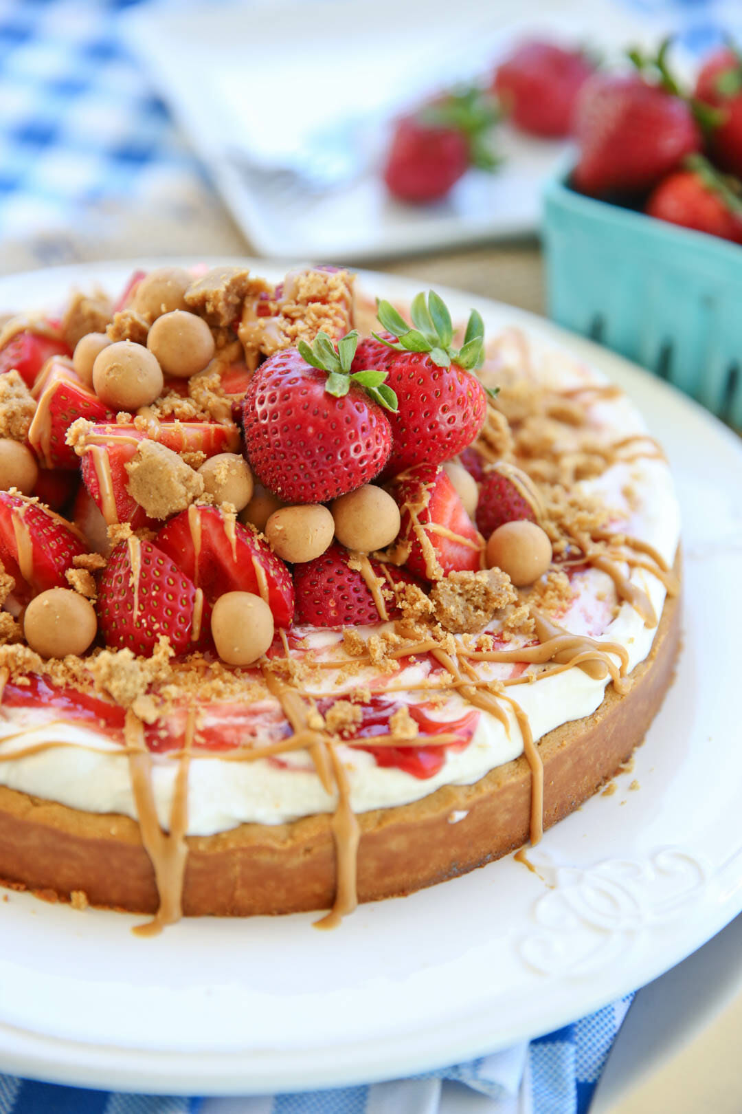 Peanut Butter Strawberry Cookie Pizza