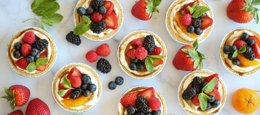 mini fruit cream pies