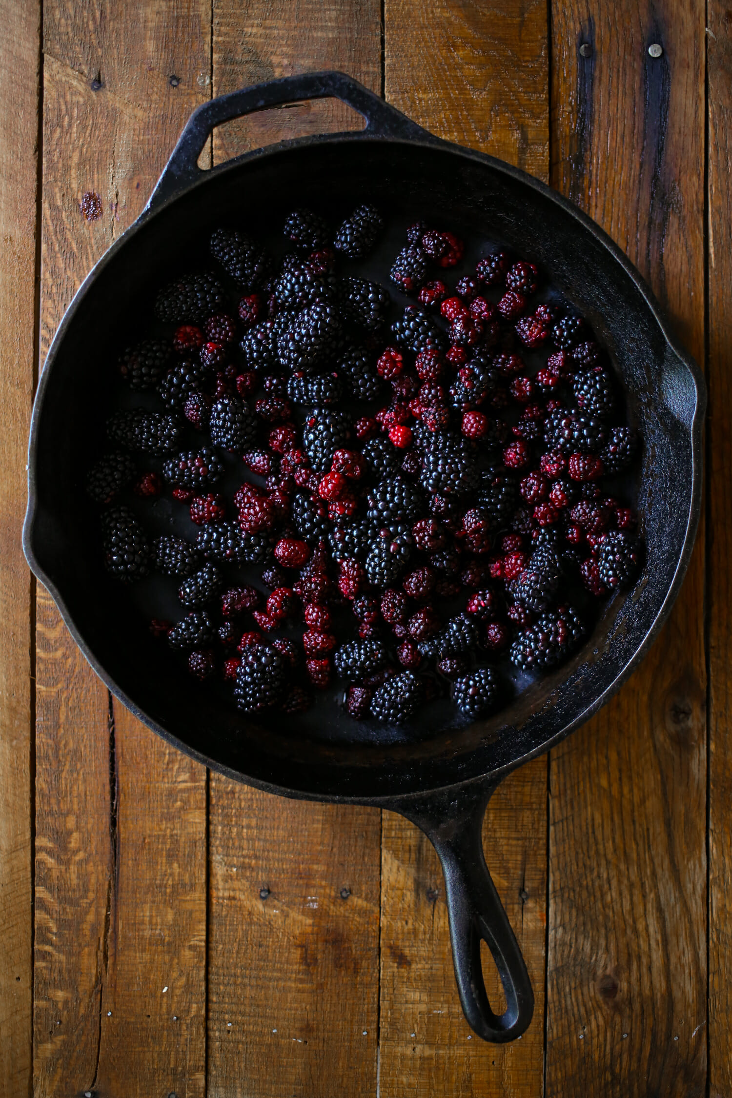 blackberries in pan