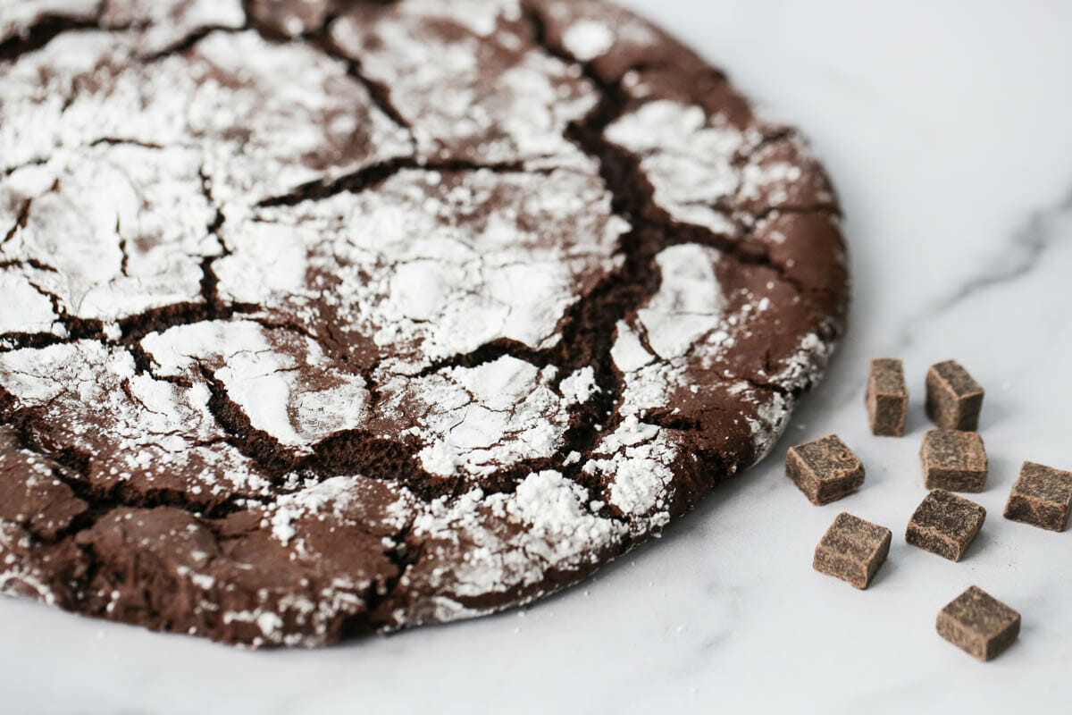 Giant Chocolate Crinkle Cookie