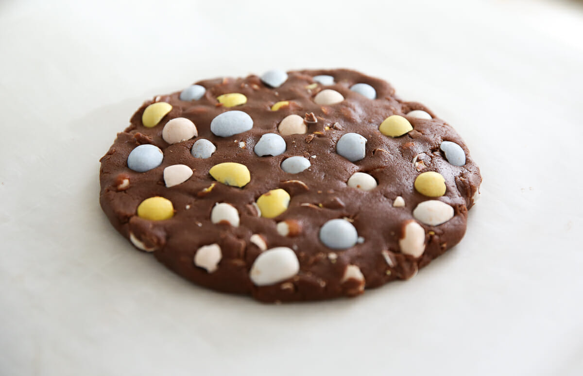 Cadbury Egg cookie before baking