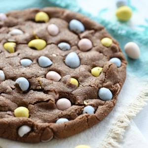 Baked Cadbury Egg Cookie