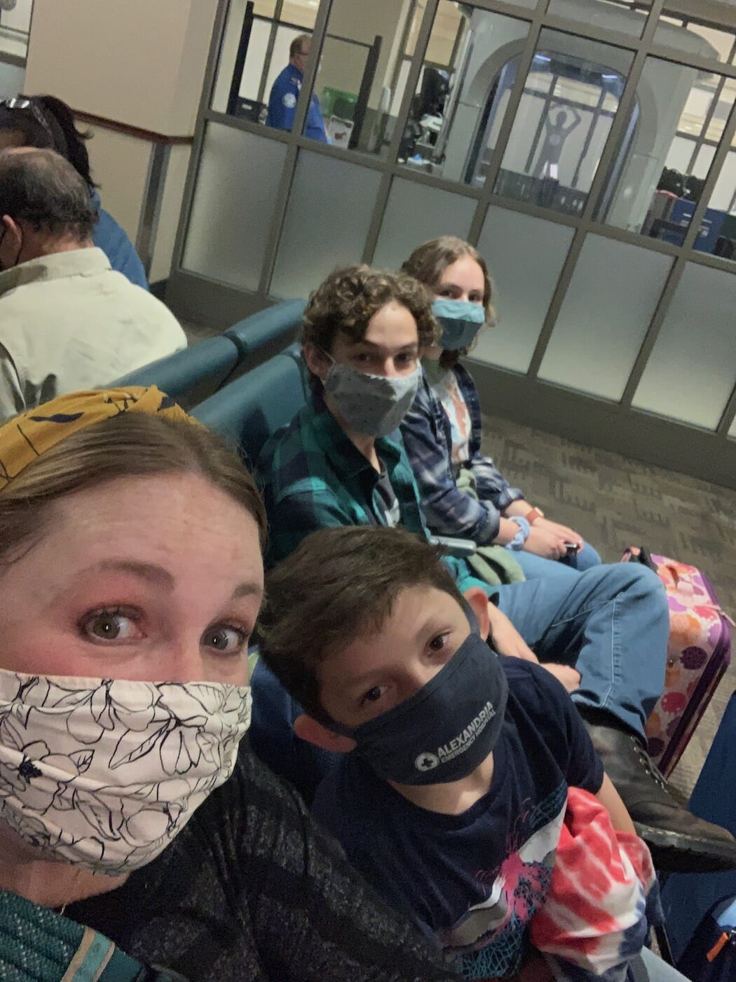 family flying out of Alexandria, LA